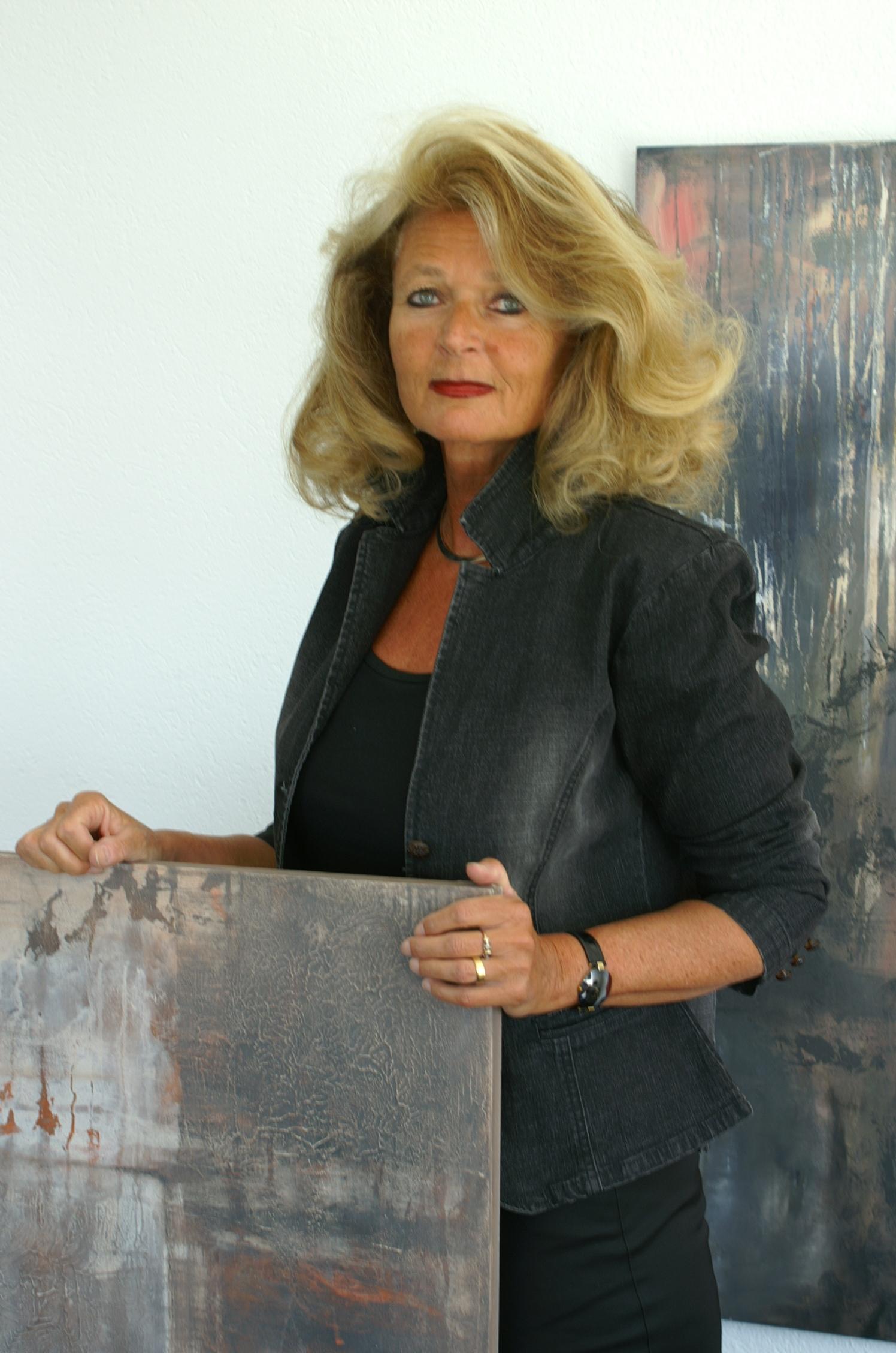 Ursula Weiss Nude Photos 72